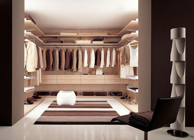 Cabina Armadio Lusso : La cabina armadio è lalternativa di lusso al classico armadio.