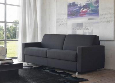 Quando si sceglie un divano letto e dove viene posizionato for Divano letto dimensioni ridotte