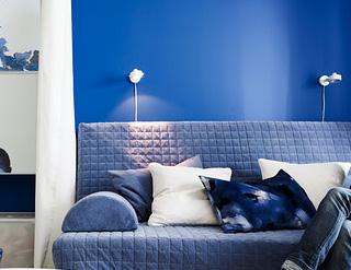 Illuminare la camera da letto con lampade da parete