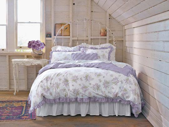 Pareti Glicine E Bianco : Come creare una camera da letto in perfetto stile shabby chic