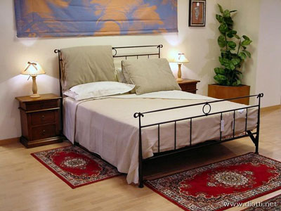 Dove e come posizionare i tappeti in camera da letto e nelle camerette - Tappeti da camera da letto ...
